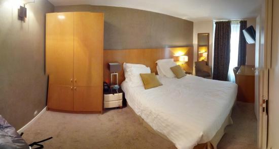 Hotel Boronali: room 104
