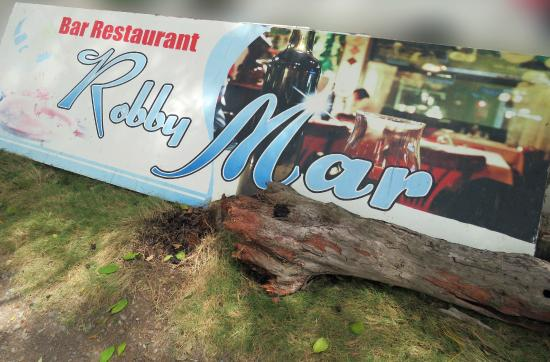 Robby Mar: Sign in Parking Area