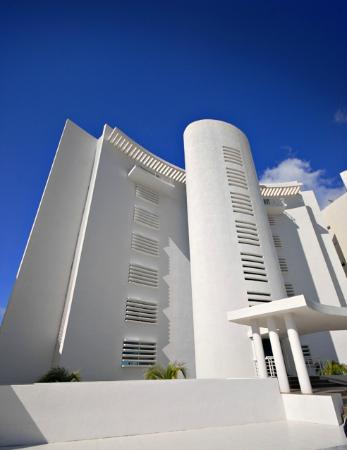 Nah Ha Condominiums: Nah ha facade