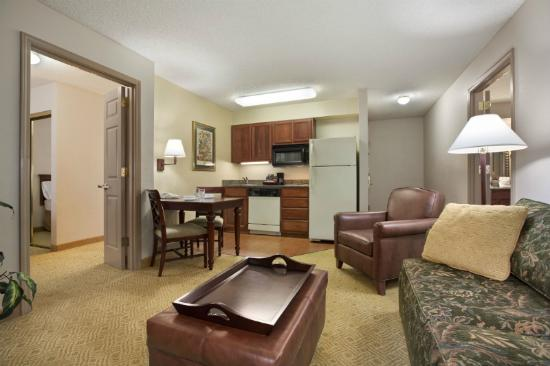 Two Bedroom Suite Picture Of Homewood Suites By Hilton Hillsboro Beaverton Beaverton
