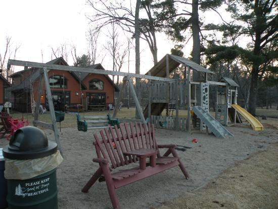 Good Ol' Days Family Resort : Playground