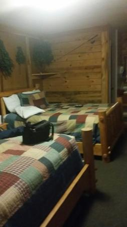 Country Acres Motel and RV Park: #2  cozy and comfy