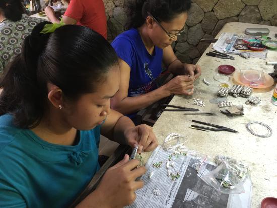 Sila's Bali Tours - Day Tours: Silversmithing
