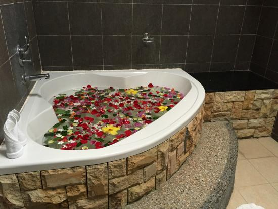 Felda Residence Hot Springs: Bathroom