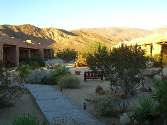 Best Rooms At Peaceful Valley Inn