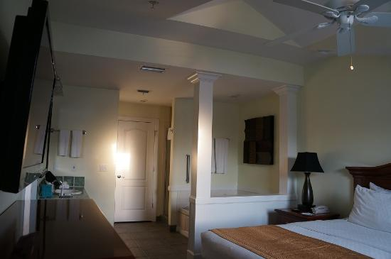 Master Bedroom Picture Of Diamond Resorts Grand Beach Orlando Tripadvisor