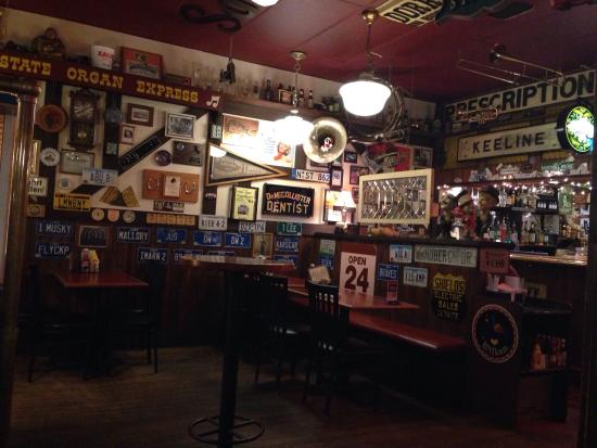 Cherokee, IA: Gasthaus Bar and Grille