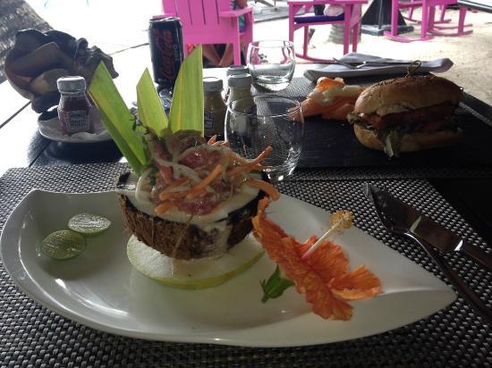 Te Ava Restaurant Atum No Coco Faltou Tempero