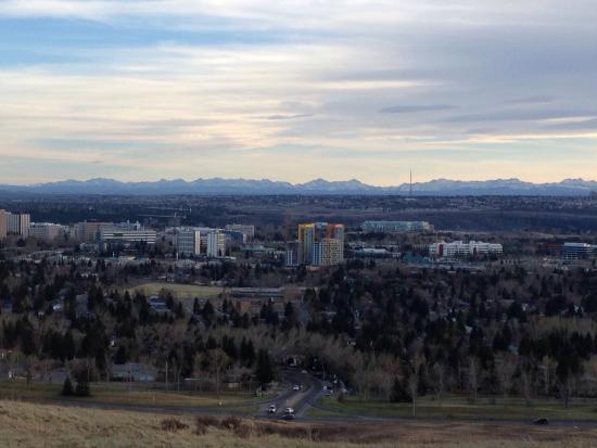 Nose Hill Park: Mountains in the background!