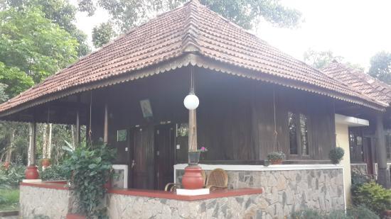 Beaumont Plantation Retreat : Wood house