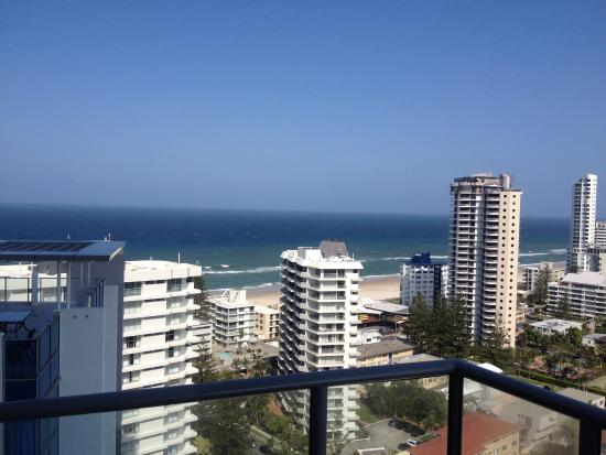 ARTIQUE SURFERS PARADISE