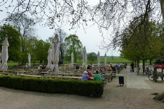 Schloss Diedersdorf - Gastgarten