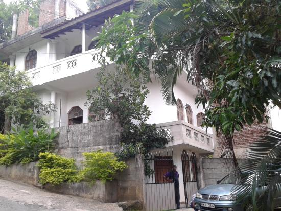 Jayabo Residence