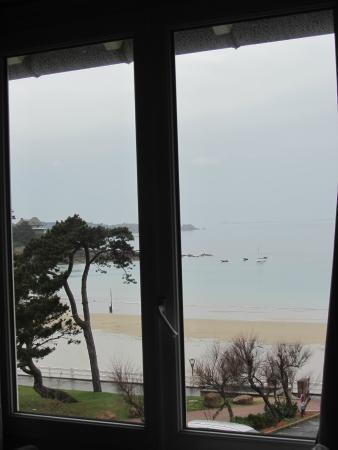 Hotel Restaurant Ker Mor : vue de la fenetre de la chambre de l'annexe