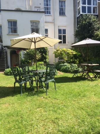 The Rodney Hotel: Lovely setting for cream tea