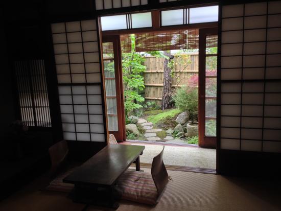 Azukiya: View to garden from room