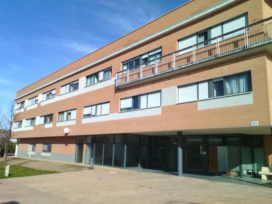 Residencia universitaria la ribera logro o espagne la for Residencia canina la rioja