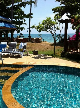 Sea Sand Sun Resort: Blick vom Pool