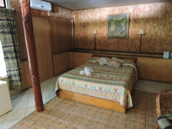 Hotel Manavai : Chambre