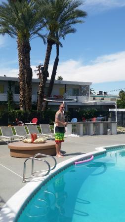 El Dorado Scottsdale: Grilling area behind….