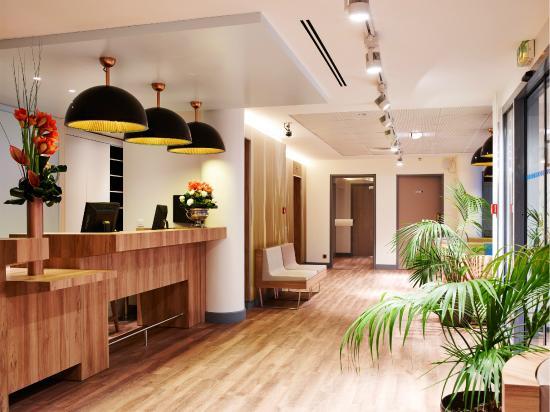 Median paris porte de versailles hotel voir les tarifs - Hotel median paris porte de versailles ...