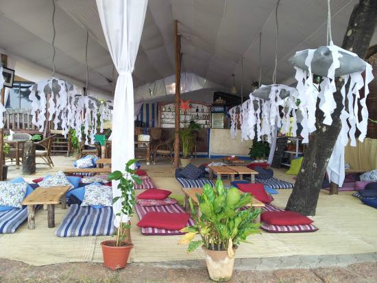 Marron Sea View Resort : Джаганат - сыроедческий ресторан. Высокое качество еды