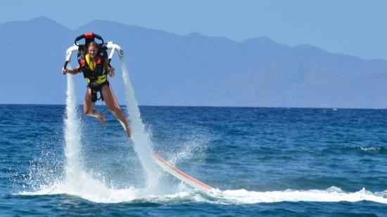 Playa Hermosa, Costa Rica: Jetpacking in Papagayo Bay