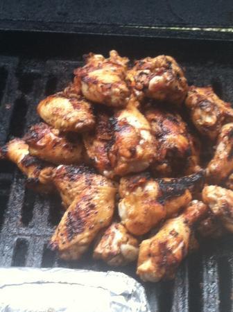 Kairo, GA: Perfectly smoked wings!