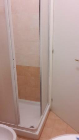 55 Inn: douchecabine van 60x60 zonder handvaten
