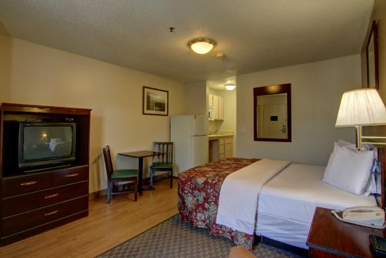 stockbridge extended stay hotel reviews price. Black Bedroom Furniture Sets. Home Design Ideas