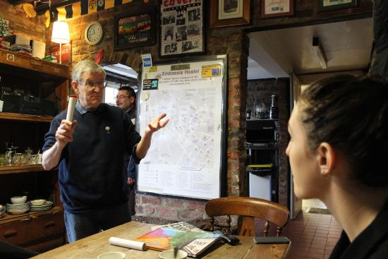 Embassie Independent Hostel: Old Keven tells exciting stories about The Beatles in their younger years