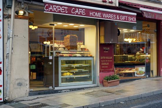 Carpet Cafe