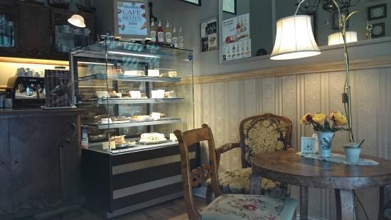 Cafe Kredenz