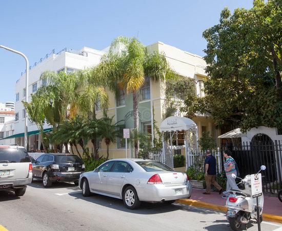 Villa Paradiso Miami Location