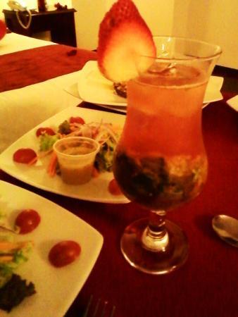 Hotel Obelisco Cali: Cena a la habitación