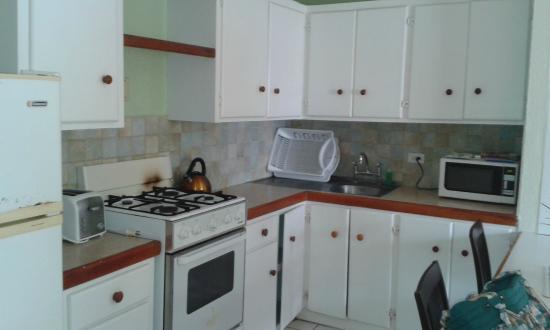 Johnston Apartments: Kitchen