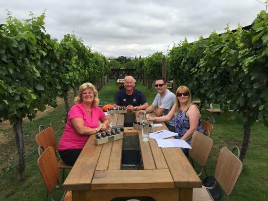 Saint Clair Family Estate Vineyard Kitchen : Perfect Location to Taste Fantastic Wine