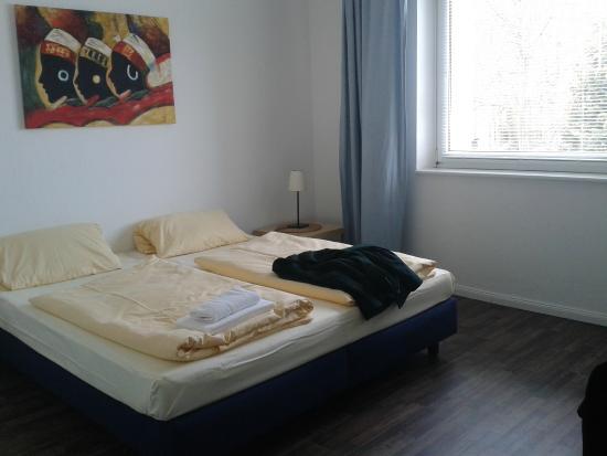 Apartmenthaus Hamburg : camera matrimoniale