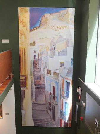 Museo de Bellas Artes Gravina (MUBAG): Ein Bild von Emilio Varela beim hinteren Eingang