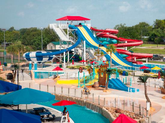 Pirate's Baytown Waterpark