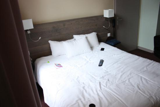 Hotel Accostage : le lit