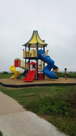 Surfside Jetty Park: Playground will keep the kids happy