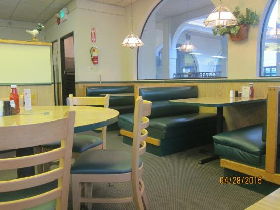 Jimmy's Boulevard Restaurant: dining area
