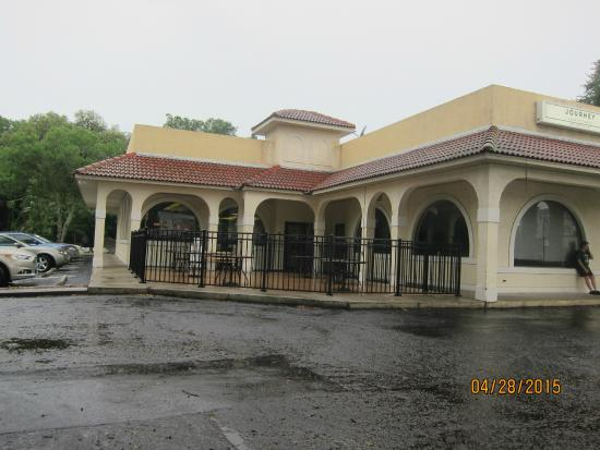 Jimmy's Boulevard Restaurant: exterior