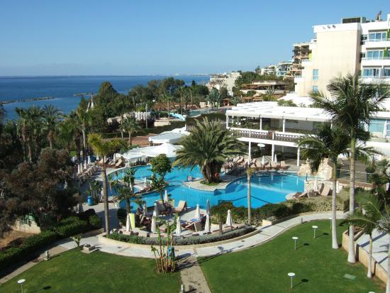 Swim Up Pool Bar Picture Of Mediterranean Beach Hotel Limol