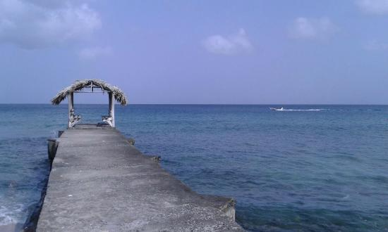 Sandy Point Village: The jetty