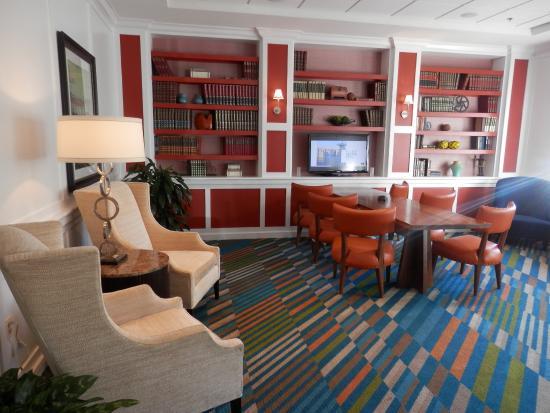 Hilton Garden Inn Burlington: Nice meeting space