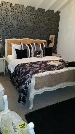 Teardrop Cottage: the beautiful room we had