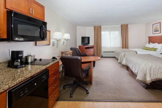 Candlewood Suites Lexington : Dining Area
