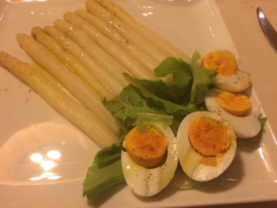 Asparagi di bassano e uova